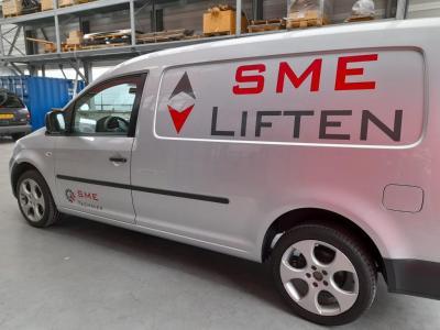 De nieuwe service auto van SME Liften